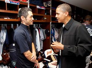 Ichiro_suzuki_and_barack_obamawiki