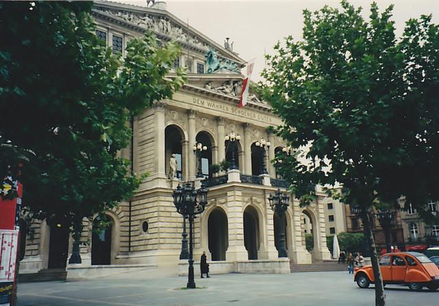 ○1 Alte Oper 1
