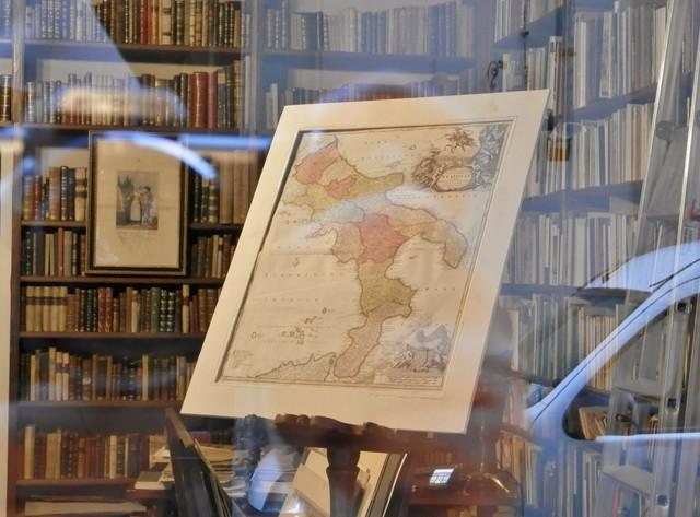 3 フィレンツェの書店「イタリアの古地図」
